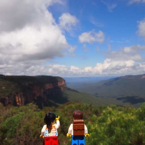 Gazing out over the stunning mountains at Wentworth Falls lookout