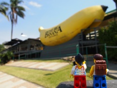 """Seeing our first of Australia's iconic """"big things"""" - the Big Banana!"""